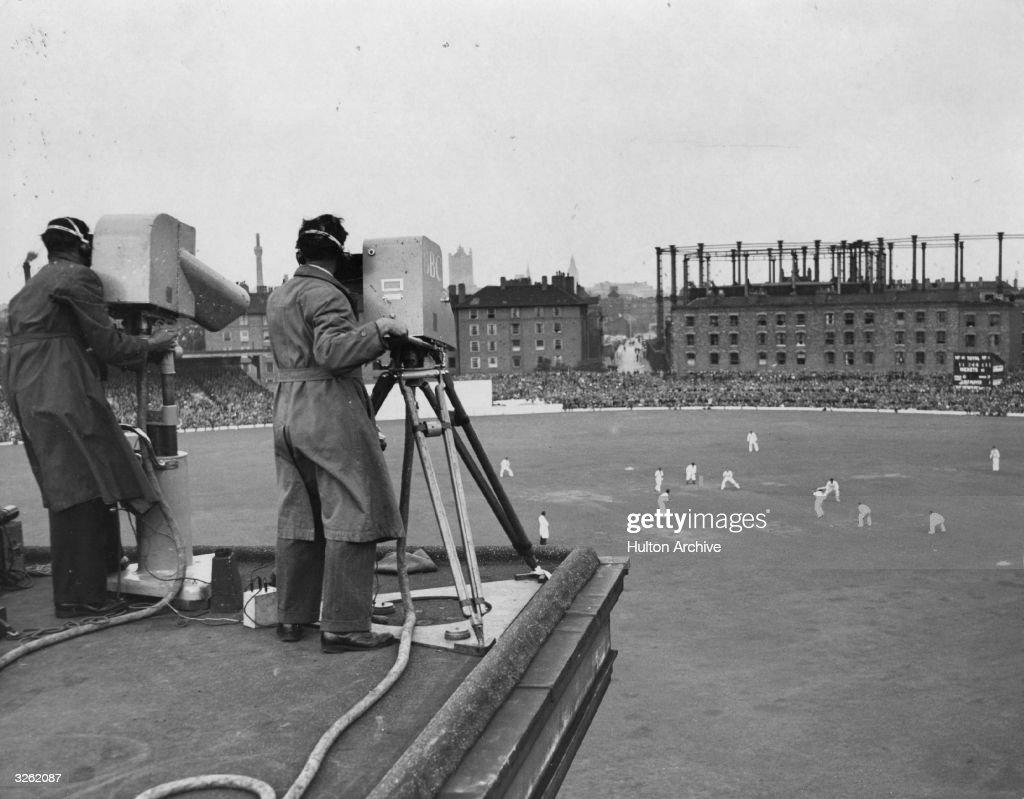 Television Cricket : News Photo