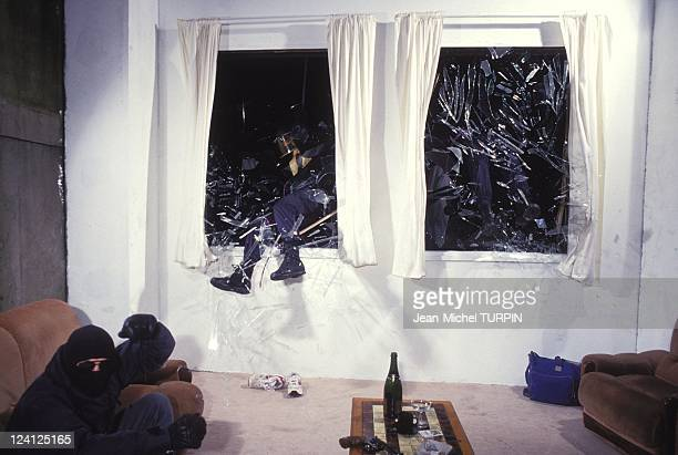 20th Birthday of the National Gendarmerie Intervention Group In France On May 27 1994 Raiding a flat through its windows