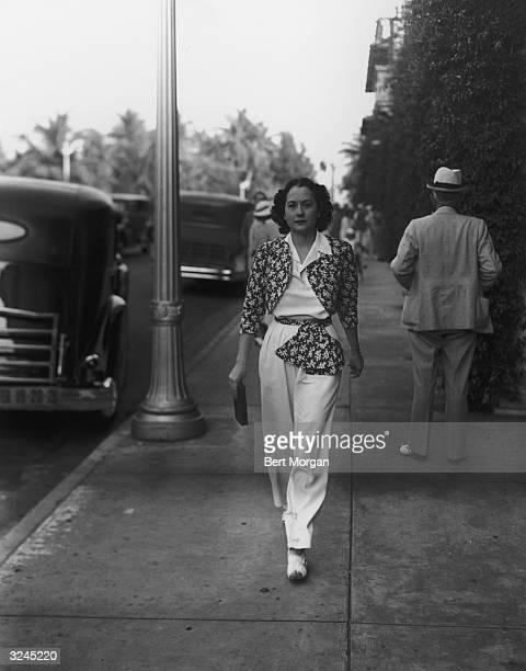 EXCLUSIVE Mrs William Randolph Hearst Junior walks down Worth Avenue in Palm Beach Florida