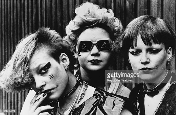 Swedish punk rockers Karin Ingrid and Sylvia reject most of what accepted culture has to offer and like to shock drink lots of beer be sexually...