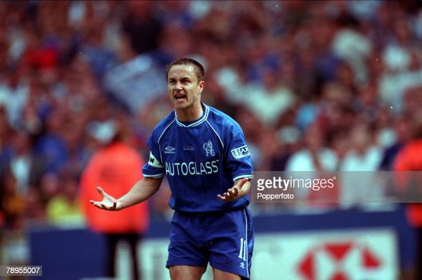 20th May 2000 Wembley London AXA FA Cup Final Chelsea 1 v Aston Villa 0 Chelsea captain Dennis Wise is angry with the officials after his goal was...