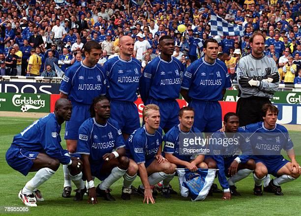 20th May 2000 Wembley London AXA FA Cup Final Chelsea 1 v Aston Villa 0 The Chelsea team line up for a group photograph prior to the match