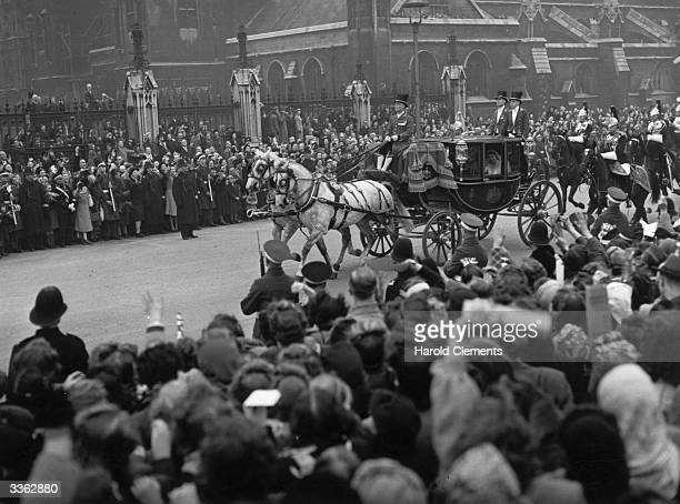 Princess Elizabeth and Prince Philip leaving Westminster Abbey London on their wedding day