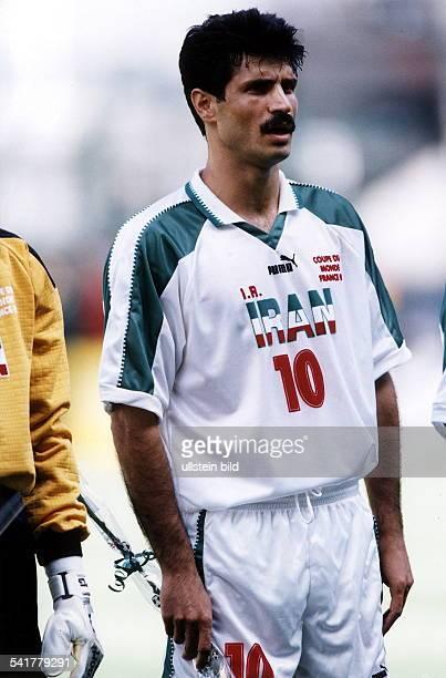 Sportler Fussball IranFussballWM in Frankreich Einzelaufnahme vor dem Spiel beimAbspielen der Hymnen