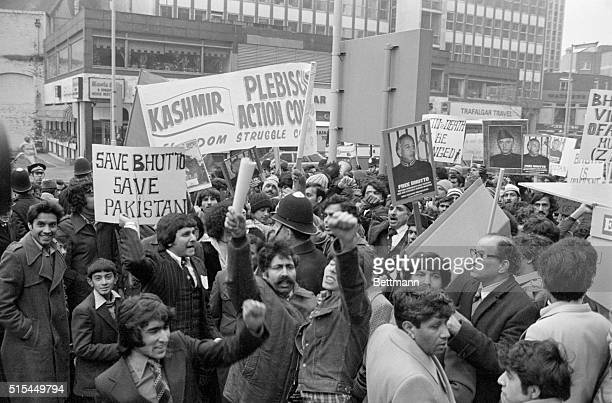 2/11/1979London England Hundreds of banner waving Pakistanis march in protest of the decision former Pakistan Prime Minister Ali Bhutto The execution...