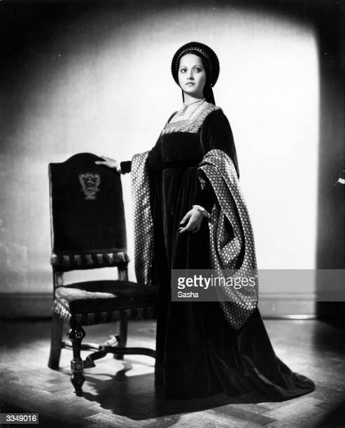 English actress Merle Oberon in costume as Anne Boleyn for Alexandra Korda's film production 'The Private Life of Henry VIII'