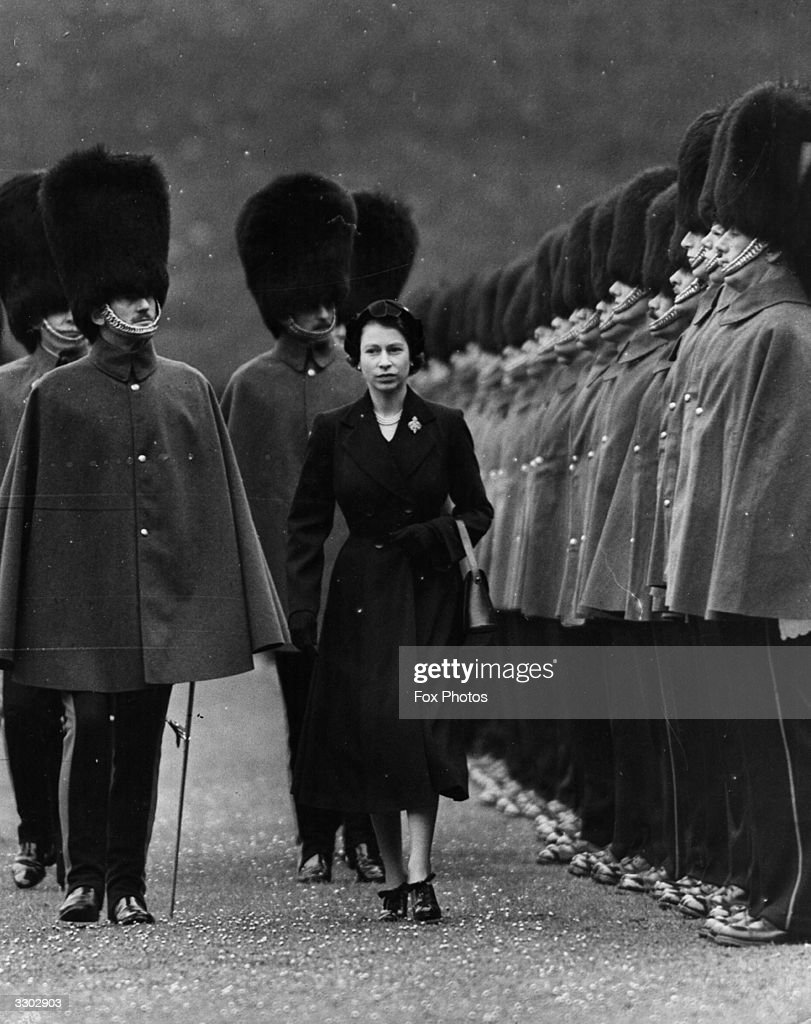 The Queen reviewing the Grenadier guards on the occasion of her 26th birthday.