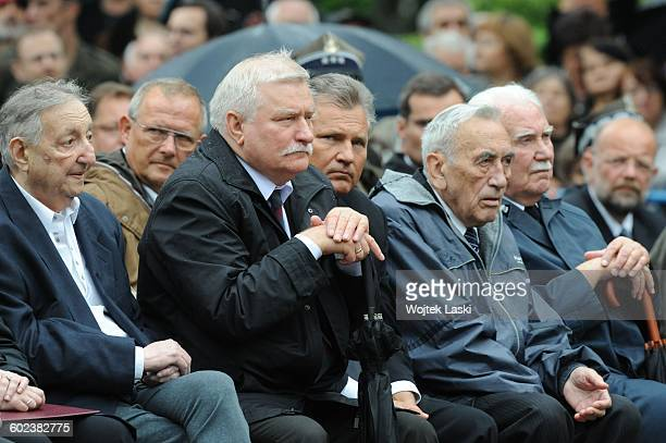 Funeral of Polish politician Bronislaw Geremek in Warsaw Poland on July 21st 2007 Pictured Marek Edelman Adam Michnik Lech Walesa Aleksander...
