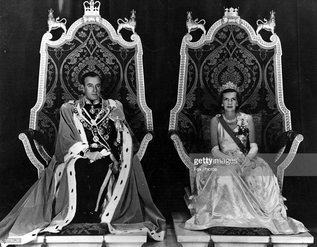 Lord Mountbatten (1900 -1979) and Lady Mountbatten (1901 - 1960 ) as Viceroy and Vicereine of India.