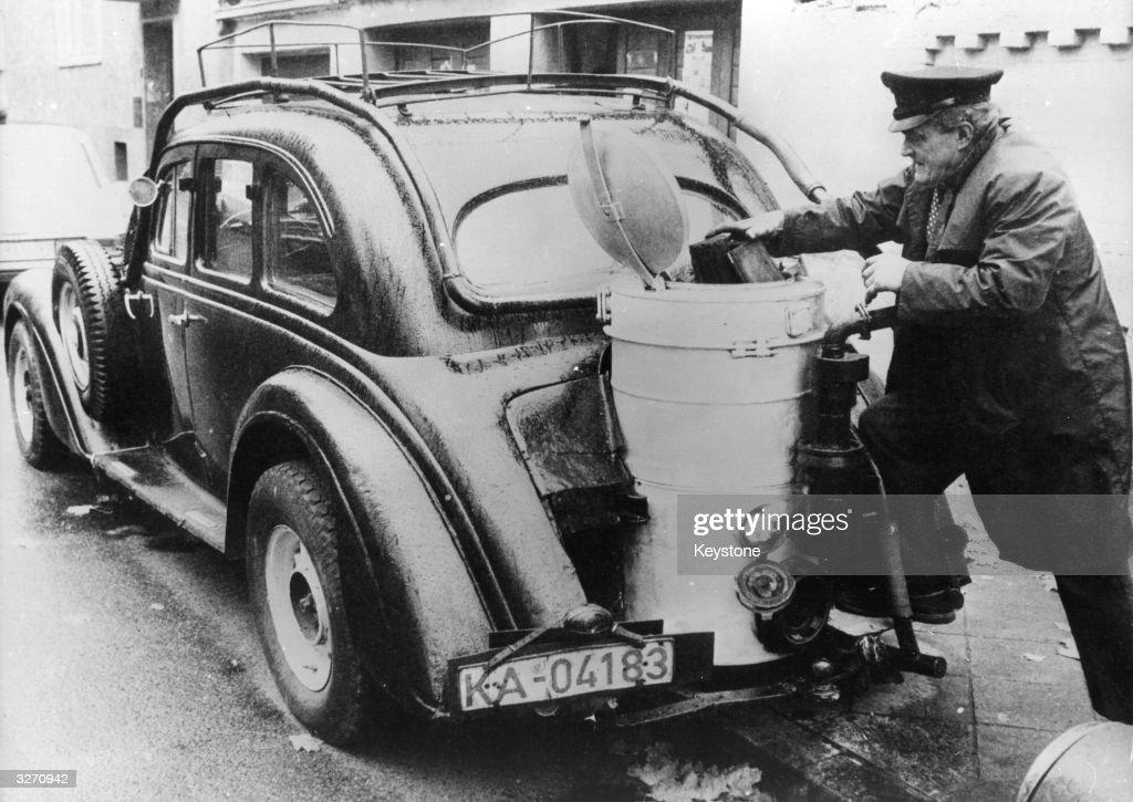 Wood-Powered Car : Nachrichtenfoto