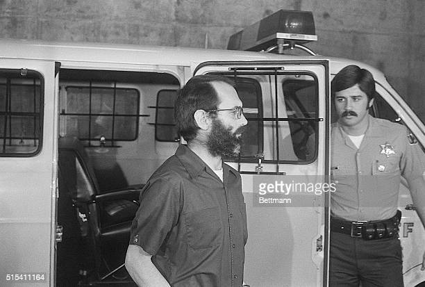 2/21/1978Los Angeles California Patrick Wayne Kearney the confessed Thrashing Killer arrives at the Criminal Courts Building under the watchful eye...