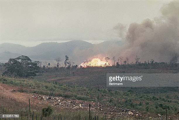 2/25/1968Khe Sahn Vietnam Napalm bombs and 250pound snake eye bombs are shown as they go off in support of a pinned down Marine platoon that's been...