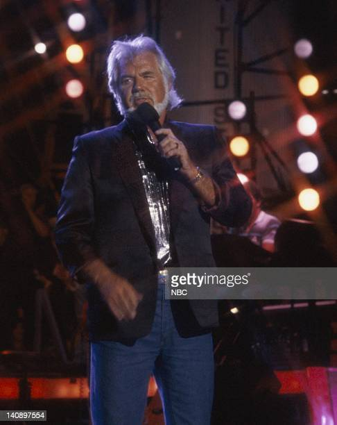 22nd ANNUAL ACADEMY OF COUNTRY MUSIC AWARDS -- Pictured: Kenny Rogers -- Photo by: Gary Null/NBCU Photo Bank