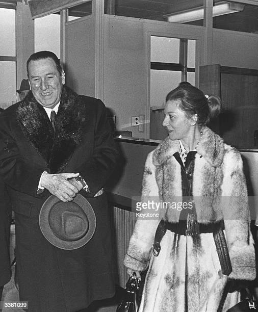 Argentinian president Juan Domingo Peron with his third wife Isabella Martinez at Paris airport
