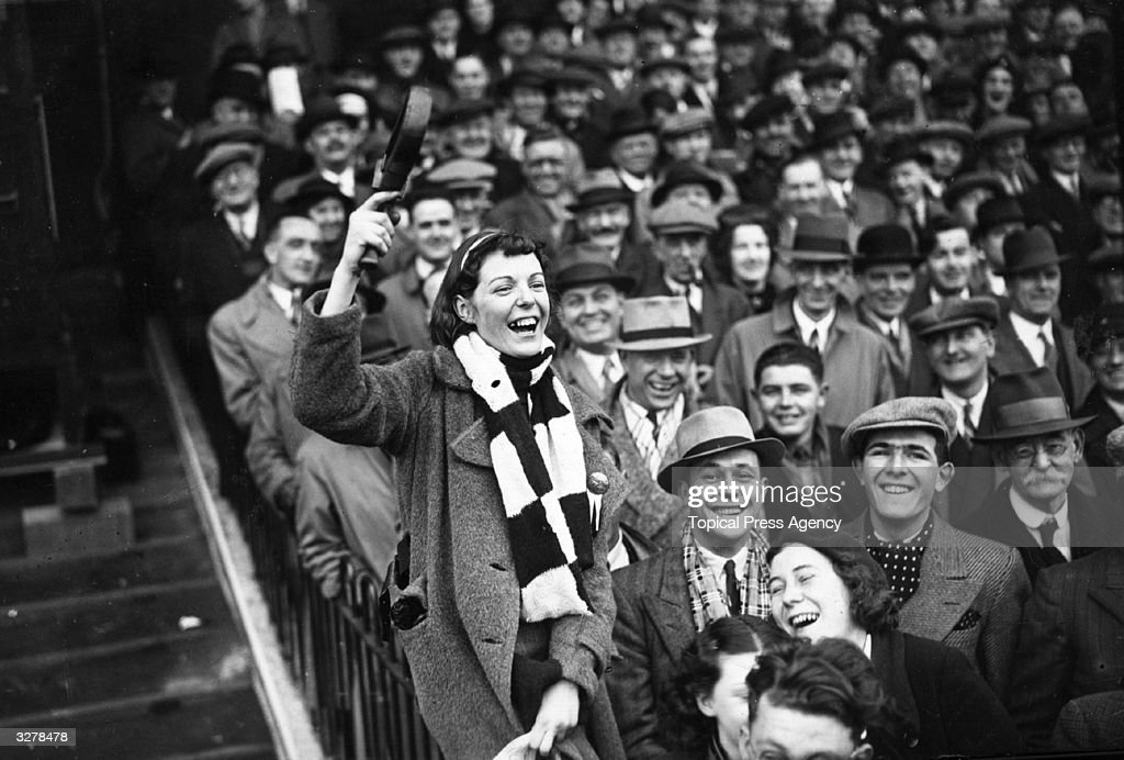 Charlton Fans : News Photo