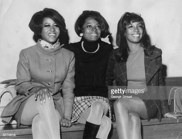 The Motown group The Supremes at London airport From the left Cindy Birdsong Diana Ross and Mary Wilson
