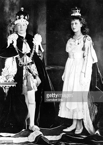 Two of the six children of King George V and Queen Mary the Duke of Windsor then Prince Edward of York who succeeded his father as King Edward VIII...