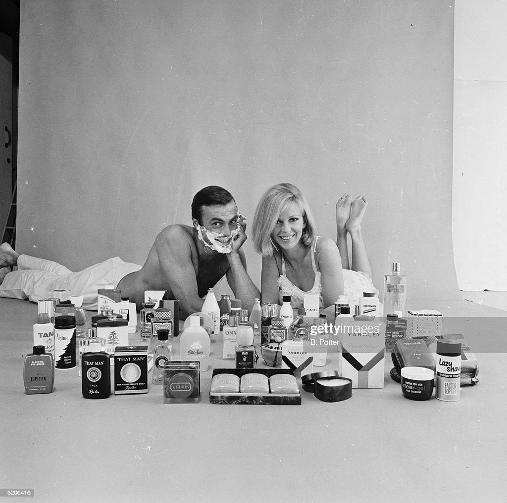 Cosmetics Couple : News Photo