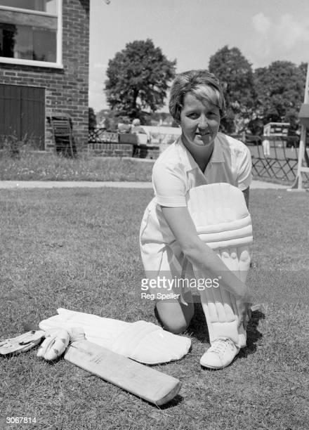 English cricketer Rachel HeyhoeFlint