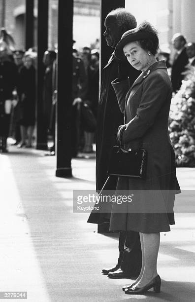 Queen Elizabeth II with Zambian president Kenneth Kaunda at Victoria Station at the start of his State visit
