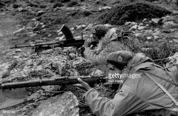 Greek government commandos near Karpenisi equipped with British berets and American furtrimmed jackets Original Publication Picture Post 4551 The War...