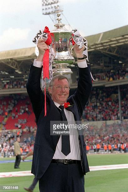 22nd MAY 1999 FA Cup Final Wembley Manchester United 2 v Newcastle United 0 Manchester United manager Alex Ferguson lifts the FA Cup trophy