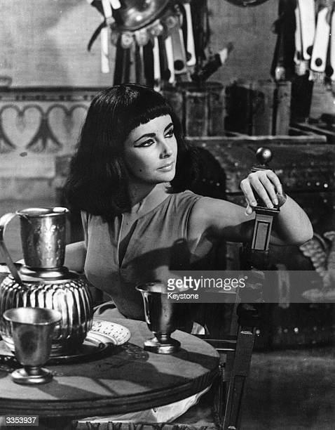Elizabeth Taylor as Cleopatra in the 20th Century Fox production of Joseph L Mankiewicz's film 'Cleopatra'.