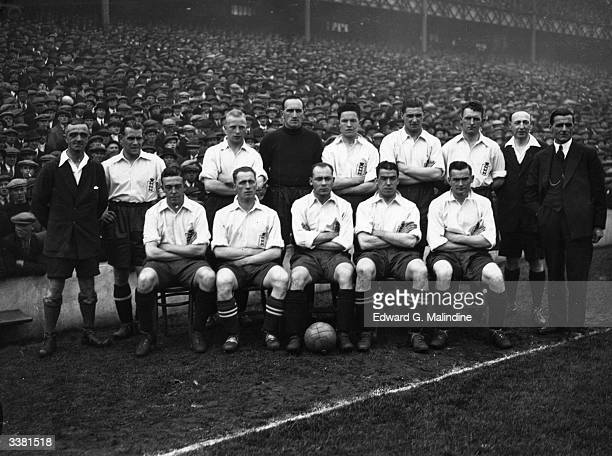 The Enhgland football team shortly before beating Ireland 21 at Goodison Park