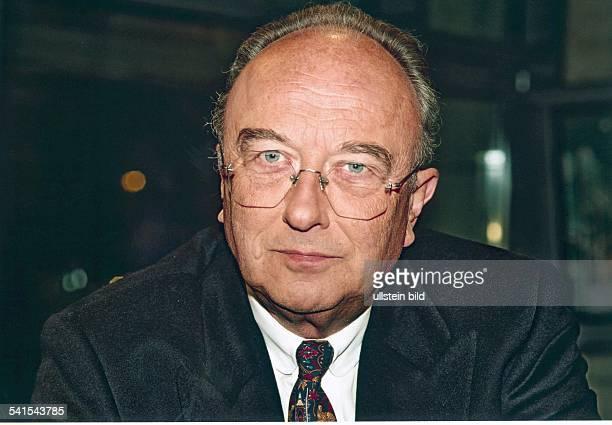 Jurist, Politiker, CDU, D stellvertretender Landesvorsitzender der CDU BerlinPorträt
