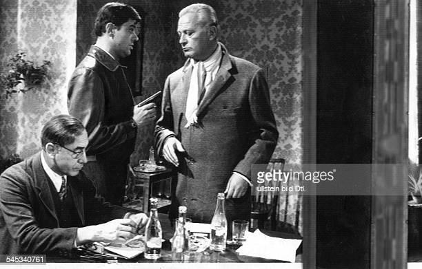 Schauspieler, Dmit Curd Jürgens und Charles Regnier in'DM-Killer'- 1964