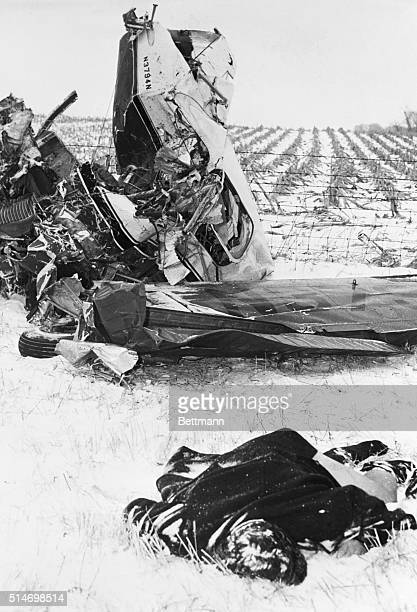 2/3/59Clear Lake Iowa The body of one of the three nationallyfamous rock 'n' roll singers killed in the crash of a single engine bonanza near here...