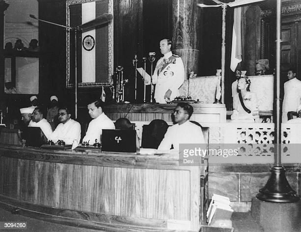 Louis Mountbatten 1st Earl Mountbatten of Burma addressing the Indian Constituent Assembly at New Delhi as Viceroy of India Present are Dr Rajendra...