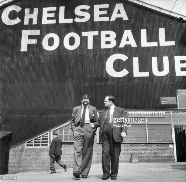 Chelsea FC Manager Ted Drake talking to Denzil Batchelor Original Publication Picture Post 6395 The Football Industry pub 1952