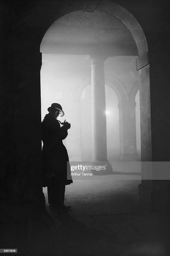 Man In Fog : News Photo