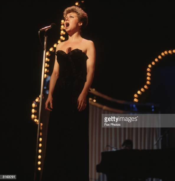 Elaine Paige singing at a Royal Variety Performance.