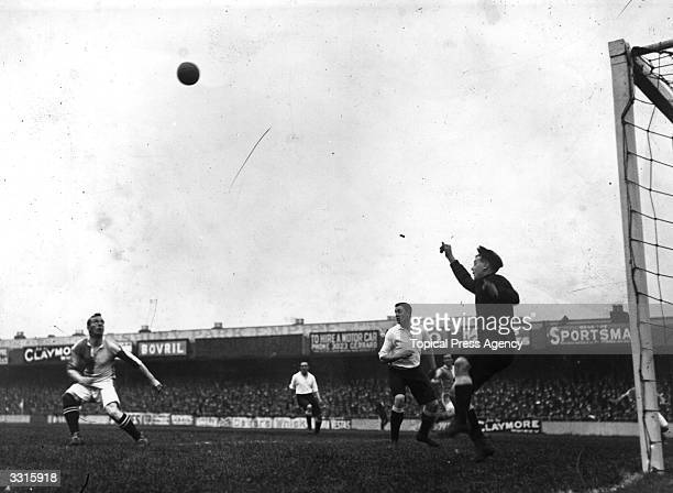 Tottenham Hotspur goalkeeper Lunn kicks the ball away from his area during the match against Blackburn Rovers at White Hart Lane