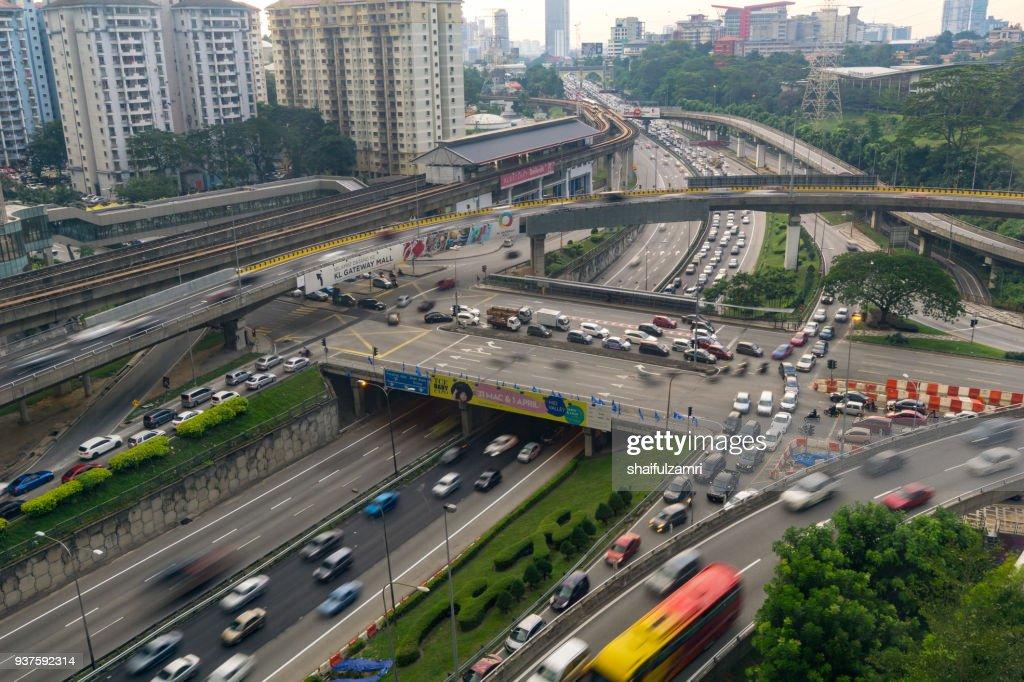 KUALA LUMPUR, MALAYSIA - 23th MARCH 2018; Heavy traffic on Federal Highway in Kuala Lumpur, Malaysia. : Stock Photo