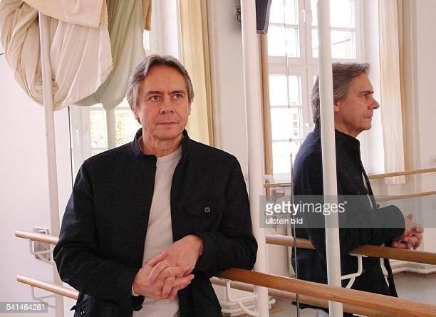 Balletttänzer Choreograph USABallettdirektor an der Hamburgischen Staatsoperin den Räumen vom Hamburger Ballettzentrum