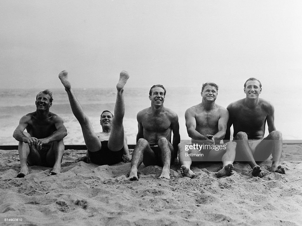 Five Baseball Players At The Beach : News Photo