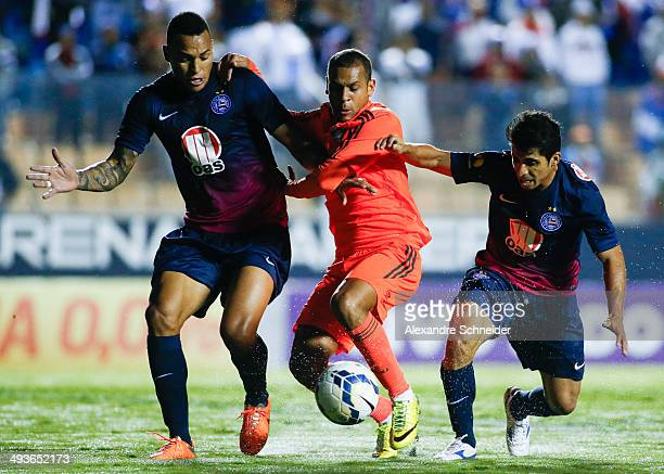 Carlinhos of Fluminense in action during the match between Bahia and Fluminense for the Brazilian Series A 2014 at Arena Barueri stadium on May 24...