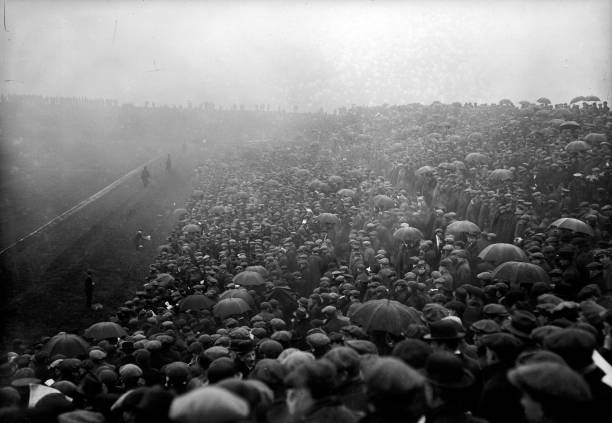 Huge crowds turn out for the Sheffield United Final Cup-Tie match against Chelsea at Manchester.