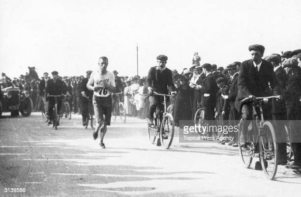 Morris running in the Marathon during the 1908 Olympic Games in London.