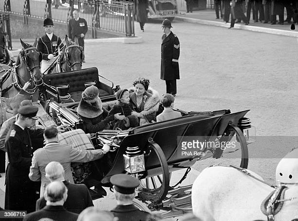 Queen Elizabeth The Queen Mother at Waterloo Railway Station London following her tour of the USA and Canada She is reunited with Queen Elizabeth II...