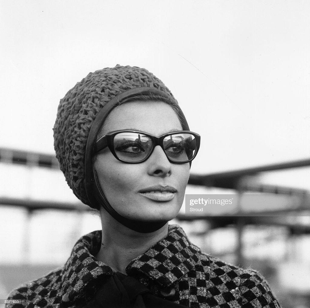 Italian film actress Sophia Loren at London Airport.