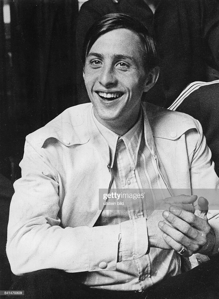 Johan Cruyff : News Photo