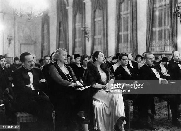 25051881 Jurist und Diplomat I auf einer Veranstaltung des DeutschenKulturbundes in Berlin während der Rededes Rektors der Universität Rom...