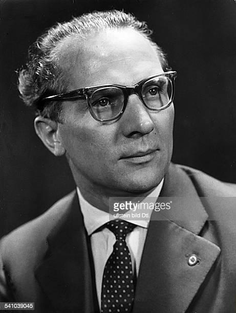 *Poliker SED DDRErster Sekretär des ZK der SED 19711989 Staatsratsvorsitzender 19761989 1959
