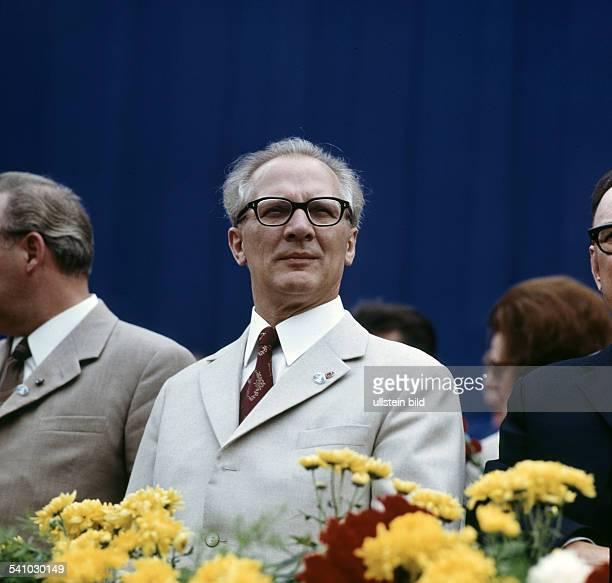 Politiker SED DDR auf der 15 Ostseewoche Juli 1972
