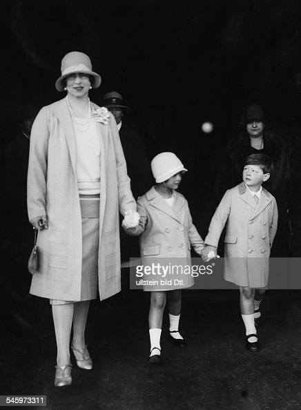 könig 19271930 und 19401947 als kind mit seiner mutter