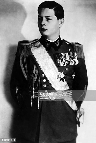 *König von Rumänien 19271930 und 19401947Portrait in Galauniformerschienen September 1940